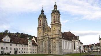 1 Hour Private Walk of St. Gallen with a Local