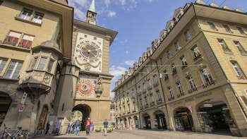 Best Introduction Tour of Bern with a Local