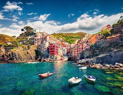 Cinque Terre: Full-day Boat Excursion with Lunch