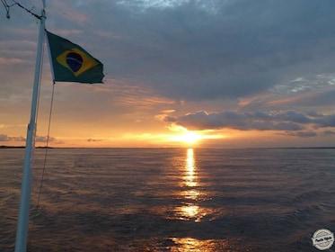por-do-sol-barco.jpg