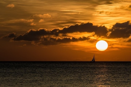sunset-1050486_1280.jpg