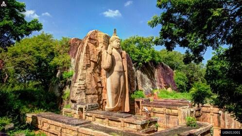 Sacred City of Anuradhapura Private Tour from Habarana