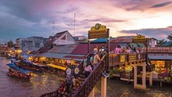 Hua Hin Amphawa Afternoon Market