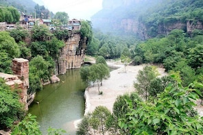 Private Independent Tour to Guoliangcun from Luoyang