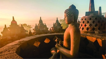 From Yogyakarta: Borobudur Sunrise & Prambanan Private Tour