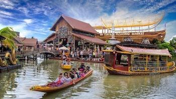 Shore Excursion: Pattaya Floating Market - Private Tour