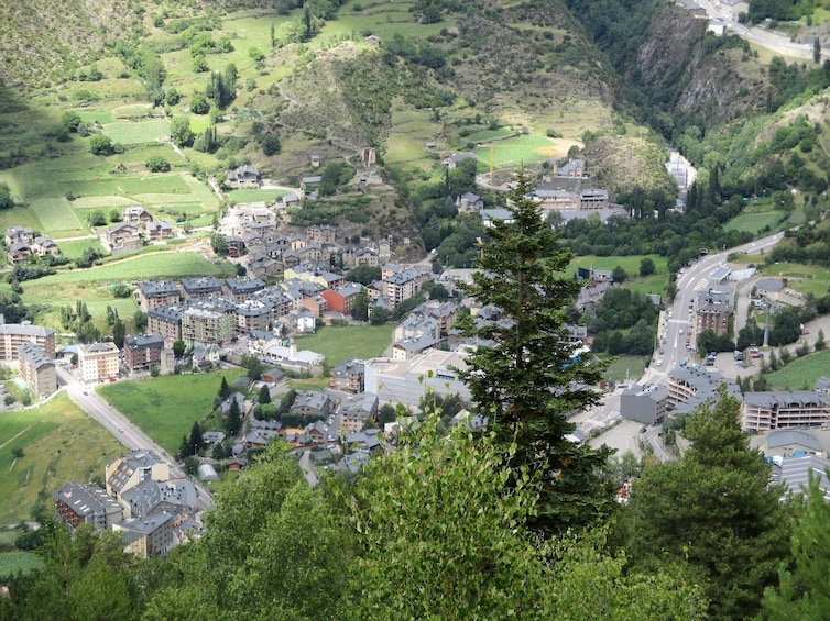 France, Andorra and Spain in One Day Private Tour