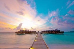 Maafushi: Fihalhohi Island Resort Day Trip