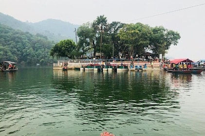 Pokhara City Tour by Sharing Bus
