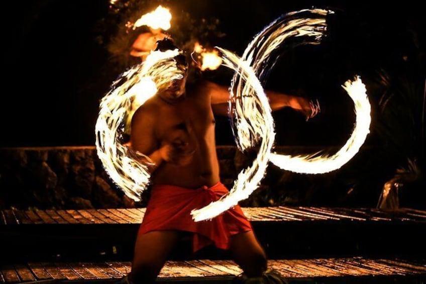 Show item 5 of 12. Island Show Fiafia Night @ Le Manumea Hotel