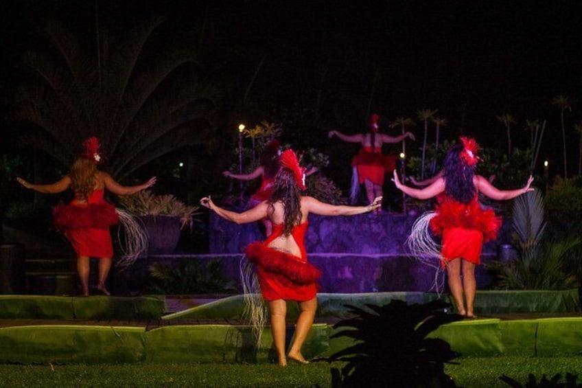 Island Show Fiafia Night @ Le Manumea Hotel