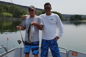 Charter Fishing Trips on the Snake River with a Licensed Idaho Guide