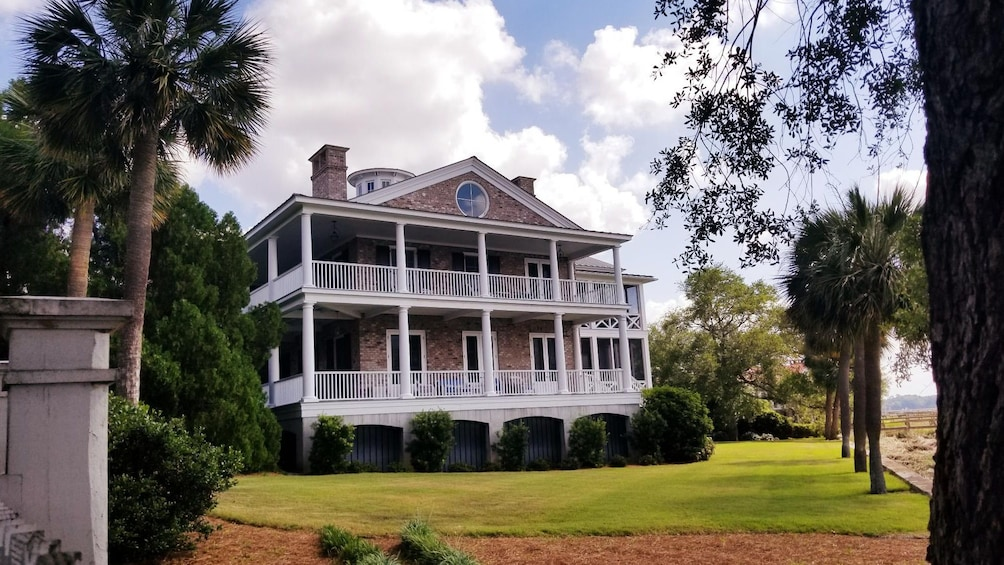 Show item 10 of 10. Historic Beaufort