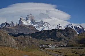 El Chalten: Desert Lake Boat Trip & Discovering Glacier Trek