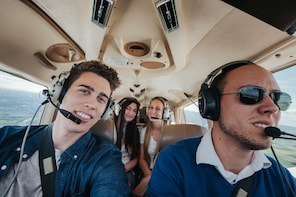 London: Your 1-Hour Private Sightseeing Flight