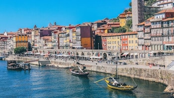 Porto Full-Day City Tour from Braga and Guimarães