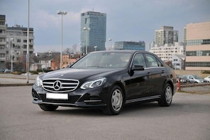 Private transfer from Brussels Airport to Brussels city Business car