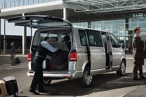 Private transfer from Cannes to Nice City or Nice Airport