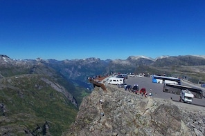 Geiranger Skywalk - Dalsnibba, Europe's highest fjordview from a road 1500 ...