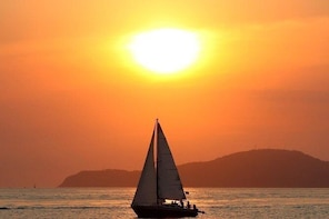 Champagne Sunset Cruise (Adult Only) in Providenciales