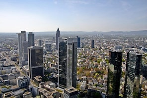 Walking tour of Frankfurt