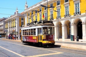 Lisbon City Center: Best of Lisbon Private Tour Half Day