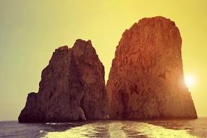 Sunset boat tour in Capri