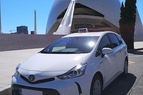 Transfer in Taxi From Valencia Old City to VLC Airport