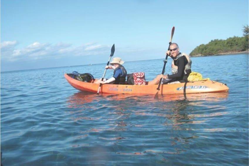 Show item 4 of 7. Lahaina Paddle