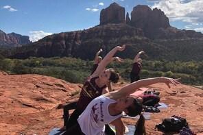 Sedona Outdoor Yoga & Hiking