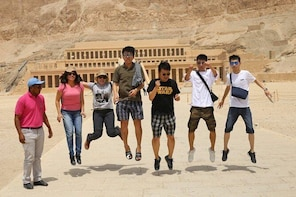 Private Tour to West bank Kings valley Carter house Hatshepsut temple