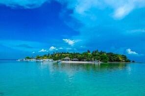 CEBU MACTAN ISLAND HOPPING
