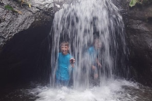Hiking waterfalls tour in Jaco beach from San Jose with lunch