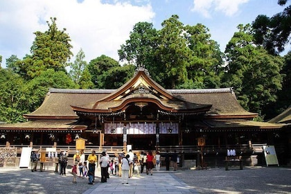 The infamous Omiwa Shrine