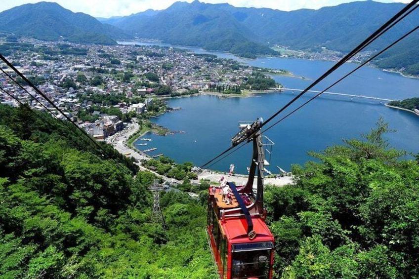 The Kachi Kachi ropeway provides a scenic panorama
