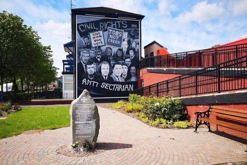 Show item 3 of 23. Civil rights Mural in Bogside.