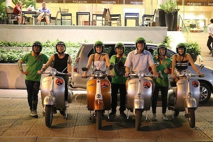 vespa saigon night food tour