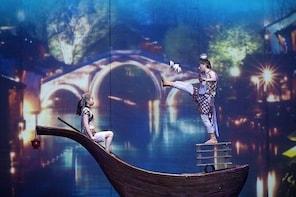 Shanghai Circus World: ERA Intersection of Time Acrobatics Show