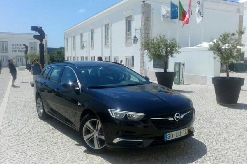 Show item 4 of 7. Lisbon city Private Transfer to Airport (LIS)