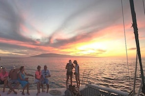 Sunset Whale Watching with Open Bar from Ka'anapali Beach