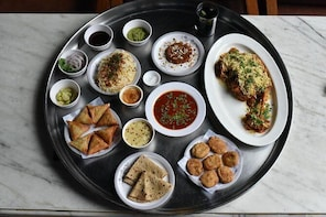 8 course Home Dining & Bohri Cultural Experience at Colaba