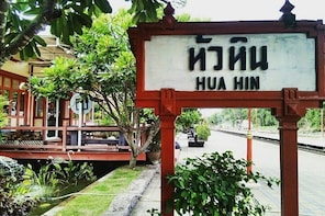Full Day Golden Route And Highlight of Hua Hin