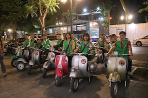Hoi An Vespa By Night Food Tour