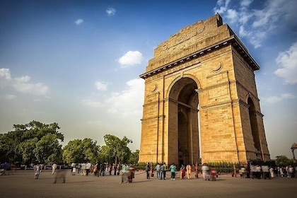 Delhi City Tour with Guide and Tempo Traveller