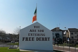 Derry Guided Tours Private Bloody Sunday and Bogside Murals Walking Tour