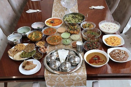 Authentic culinary experience with local family in New Delhi