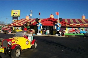 World's Largest Toy Museum Admission in Branson