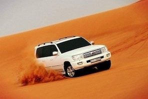 Dubai Desert Safari BBQ Dinner & Dhow Cruise Dinner