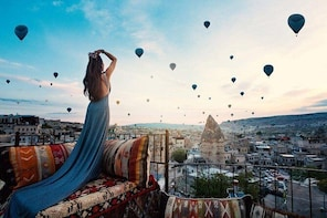 One Hour Deluxe Hot Air Balloon Tour(Goreme Valley)