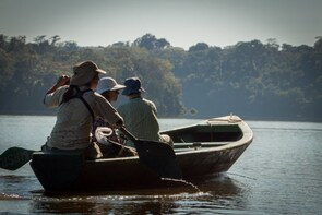 Amazon jungle hike to Sandoval Lake in Tambopata 3 days